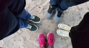 обувь для спорта в кругу
